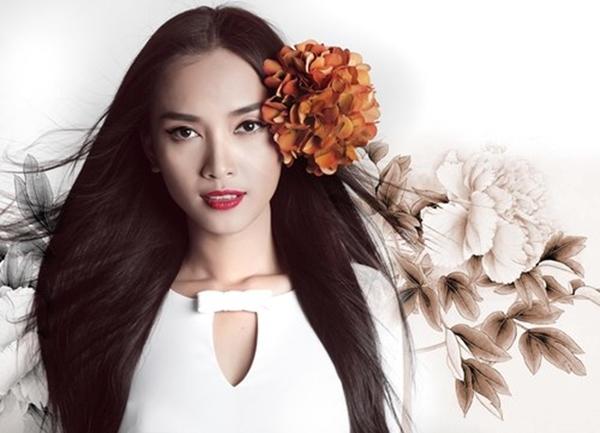 Sau giải Đồng siêu mẫu Việt Nam, Ái Phương lại quyết định chuyển mình đi theo con đường ca hát chuyên nghiệp. Những ca khúc của cô như: Xin lỗi anh, Hứa với em, Như chưa từng yêu... được rất nhiều các bạn teen yêu thích.