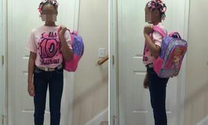 Yêu sớm, bé gái 10 tuổi bị bố bắt mặc áo hồng, kẹp nơ đầy đầu