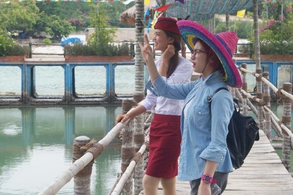 Hòa Minzy hào hứngbắt tay vào thử tháchngay khi nhận nhiệm vụ.