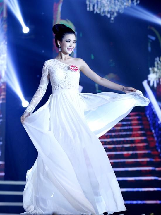 Nguyen-Lam-Diem-Trang3-858-721-1284-3823