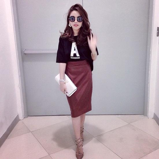 Với vóc dáng hoàn hảo, cô nàng dễ dàng diện đủ kiểu phong cách và cách kết hợp khác nhau.