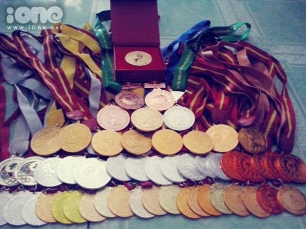 Bộ sưu tập huy chương hoành tráng của Thanh Tuyền.