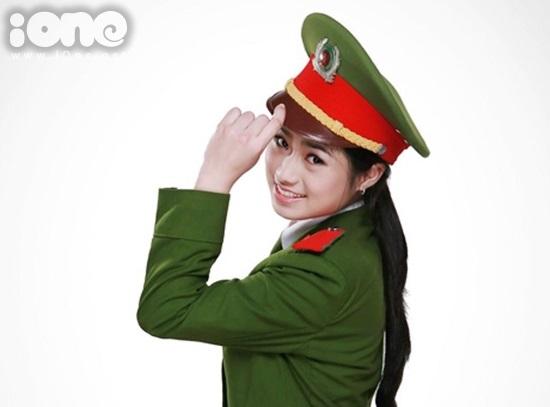 Thuy-Trang-iOne-10-6111-1415873580.jpg