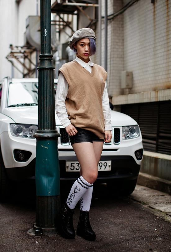 On-the-street-Jimin-Park-Busan-3690-1416