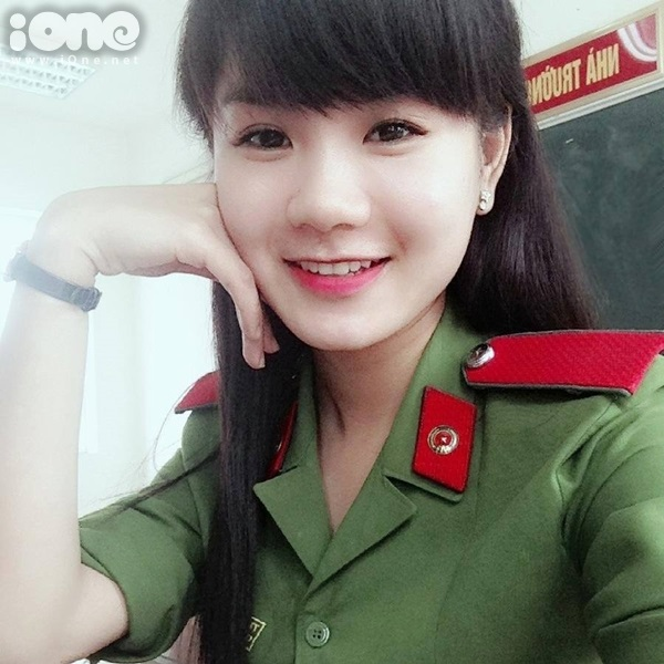 cap-doi-hot-girl-canh-sat-7-8097-1416385