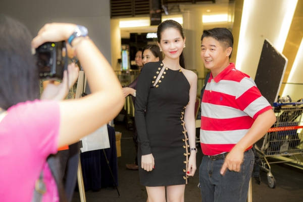 Ngoc-Trinh-5-9482-1416454146.jpg