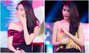 Thủy Tiên liên tục khóc cười vì fans