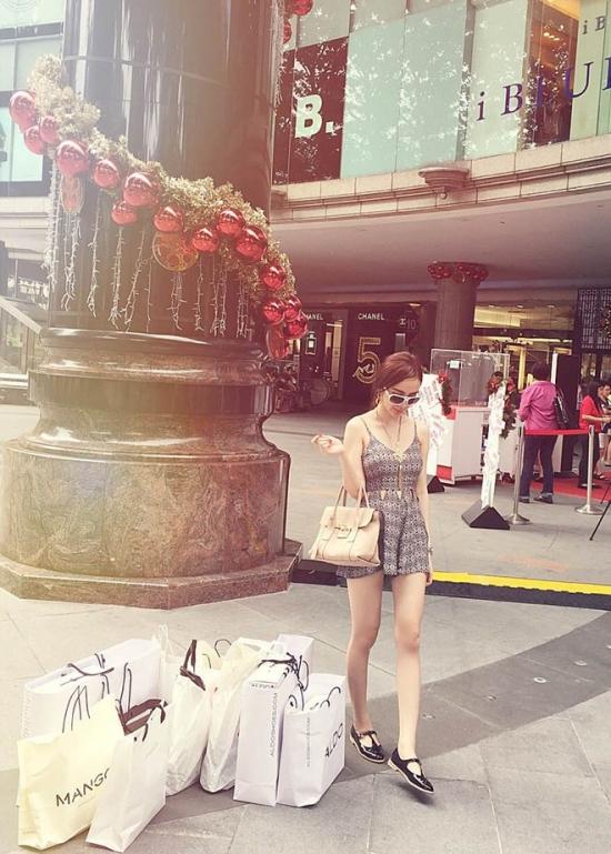 Angela-Phuong-Trinh-02-6572-1416821793.j