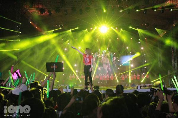 live-show-my-tam-102-2528-1416796074.jpg