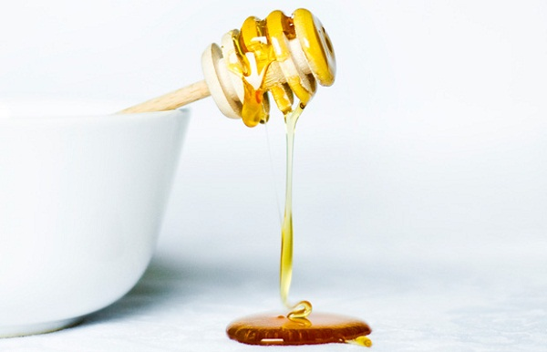 beauty-uses-honey-orig-master-3091-6902-