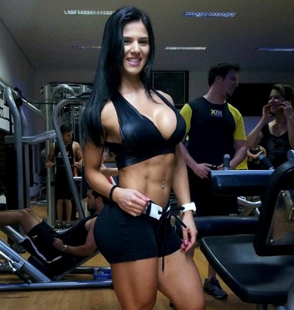 Eva-Andressa-Vieira-2-1-6004-1417775438.