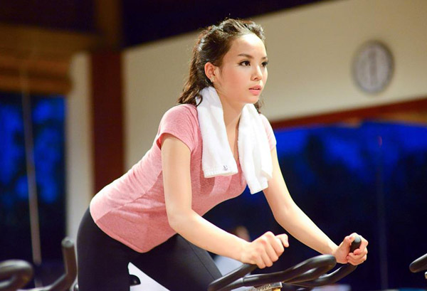 Trong suốt quá trình tham dự Hoa hậu Việt Nam 2014, Kỳ Duyênthường dành khoảng 60 phút cuối buổi chiều để tập luyện với sự hướng dẫn của huấn luyện viên.