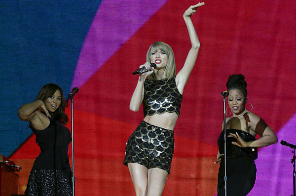Taylor-Swift-9214-1418627367.jpg
