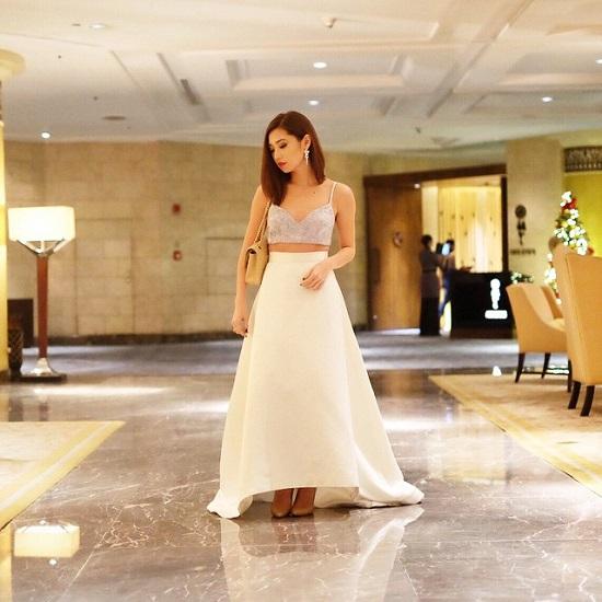 Hiện nay, Kryz này cư trú ở thành phố Cebu, nơi cô là giám đốc sáng tạo của công ty WAGW (What A Girl Wants), một chuỗi cửa hàng bán lẻ các sản phẩm thời trang tại Philippins.