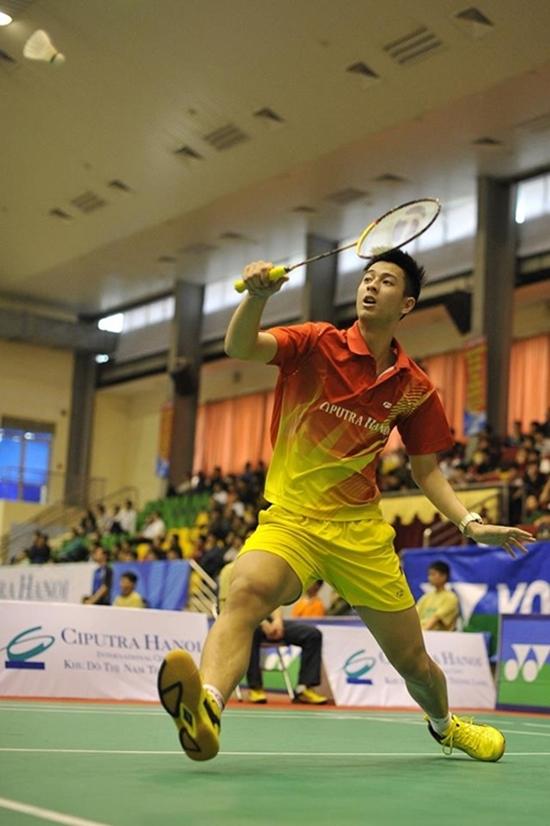Phạm Hồng Nam sở hữu chiều cao 1m83 được mệnh danh là hot boy làng cầu lông Việt. Dù ở độ tuổi còn rất trẻ nhưng anh chàng đang sở hữu khoảng 30 huy chương các loại.