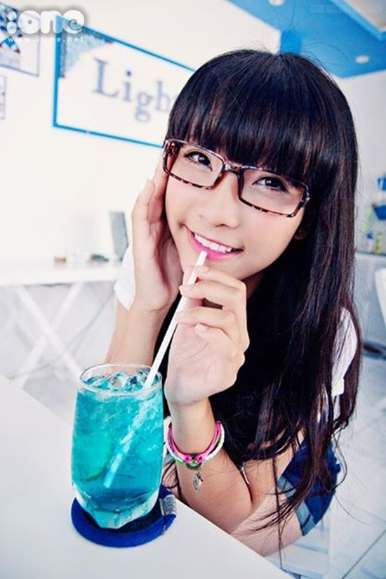 Thuy-Linh-Teen-xinh-iOne-6-5470-14190676
