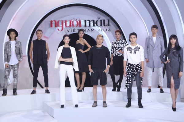 Tập 7 chương trình Viiệt Nam's Next Top Model phát sóng tối 20/12. Ở tập này, 9 thí sinh phải thực hiện hai thử thách chụp ảnh để ban giám khảo đánh giá. Họ phải biến hoá từ hình ảnh năng động, cá tình ở một xưởng may jeans đến vẻ sang trọng, quý pháivới bối cảnh biệt thự.