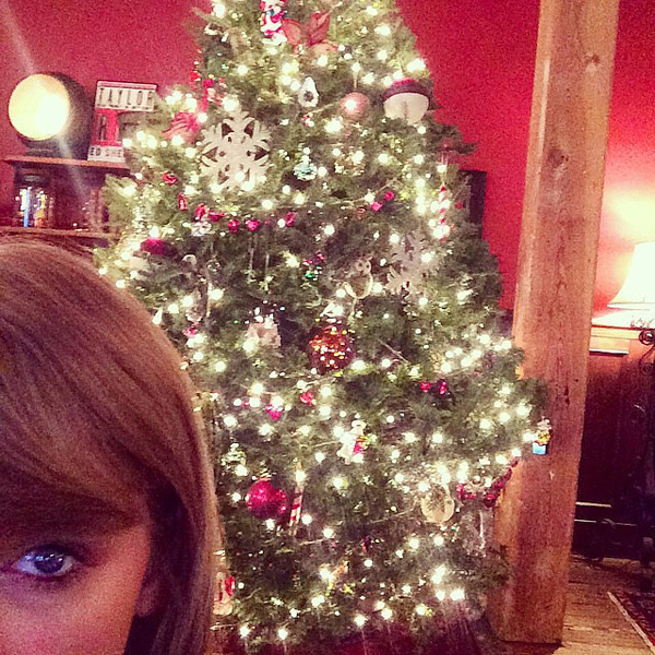 Taylor-Swift-9309-1419238662.jpg