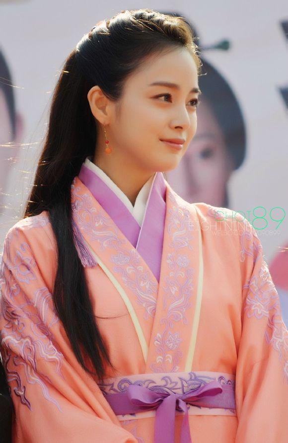 1412591945-kimtaehee-langsao-e-4098-6609