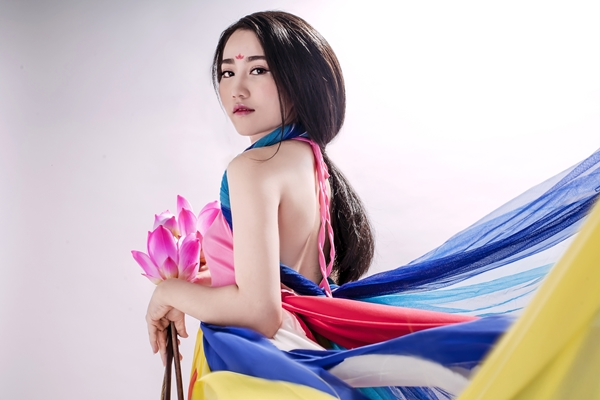 Lona-Huynh-7.jpg