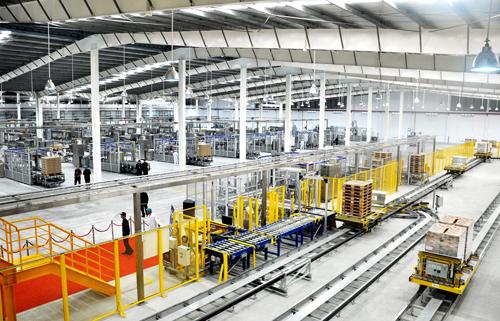 Nhà máy sản xuất sữa nước hiện đại được đầu tư hơn 2.400 tỷ đồng.