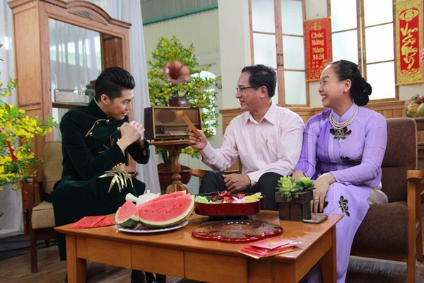 Noo Phước Thịnh thực hiện MV Giai Điệu Mùa Xuân như một món quà đặc biệt đầu tiên là dành tặng cho gia đình, sau đó là cho tất cả khán giả đã ủng hộ mình trong suốt thời gian vừa qua.