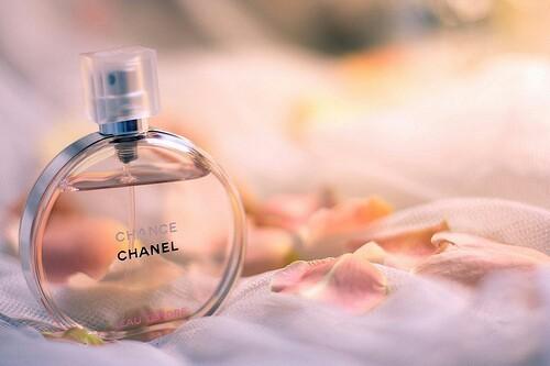 chanel-cosmetics-flowers-girl-7586-7220-