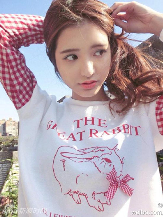 4 nàng 'búp bê lai' sành điệu, hút fan nhất Trung Quốc