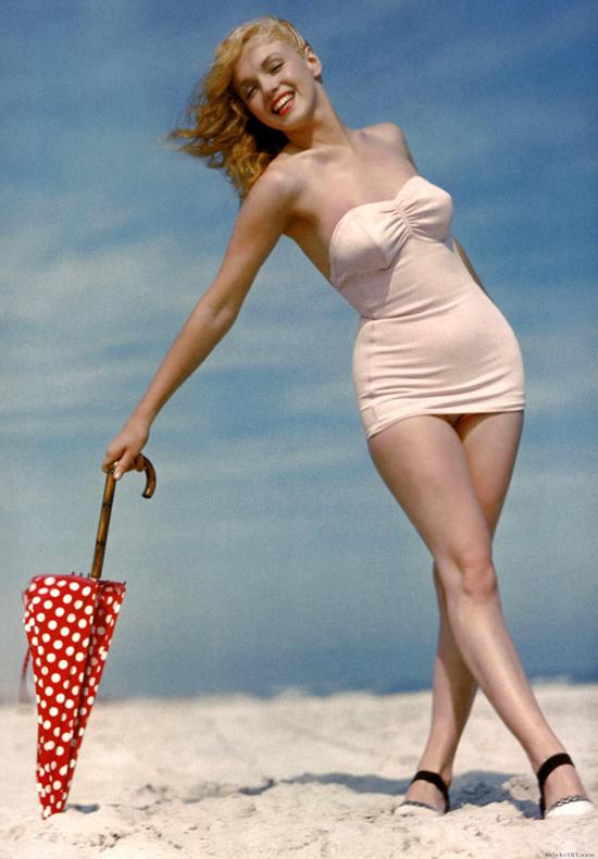Marilyn-Monroe-10-2190-1422853785.jpg