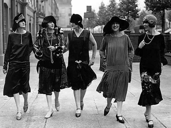 Women-in-the-1920s-Flat-Rock-O-6773-4555