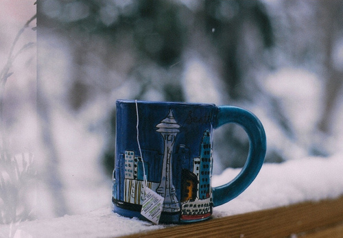 blue-cold-cup-outside-Favim-co-8219-4950