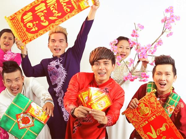 Hồ Quang Hiếu trẻ trung trong MVChúc mừng năm mới.