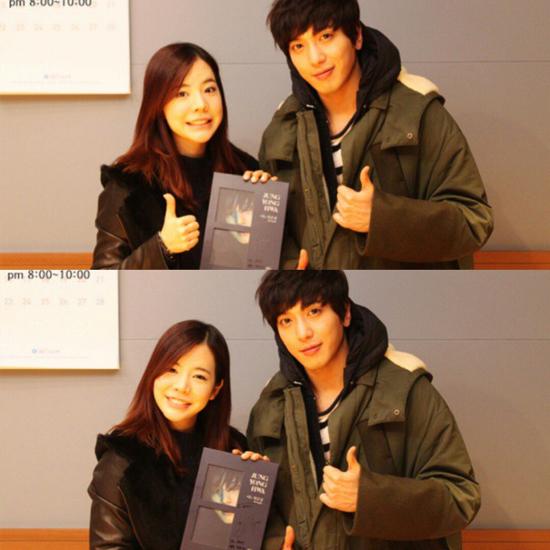 Sunny SNSD mời Jung Yong Hwa đến làm khách chương trình radio Sunny's FM Date do cô nàng làm chủ xị.