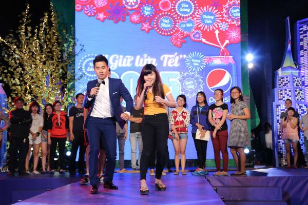 Hinh-cuoi-bai-Ngoisao-va-Ione_1423882474