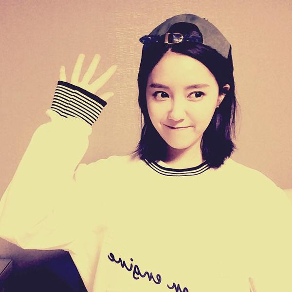 Hyo Min (T-ara) lạ lẫm với phong cách tomboy nhí nhảnh.