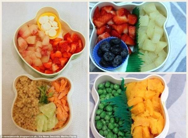 Ăn trưa ở trường học tại Tây Ban Nha, suất                                                          bên trái gồm                                                          thịt trắng,                                                          dâu tây và sữa                                                          chua, bông cải                                                          xanh, dưa                                                          chuột và cá                                                          hồi nướng.                                                          Suất bên phải                                                          gồm có các                                                          loại quả như                                                          lê, táo, dâu                                                          tây, đậu Hà                                                          Lan...
