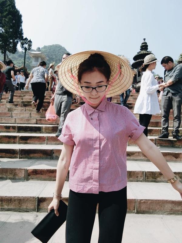 Sa Lim khoe với fan khoảnh khắc tung tăng kiểu