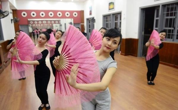 Lê Quỳnh Trang hiện là giảng viên Khoa Nghệ thuật đại chúng, trường đại học Văn hóa Hà Nội.