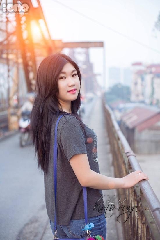 Mình là Vũ Thị Thu Hằng, hiện đang sinh sống tại Hà Nội