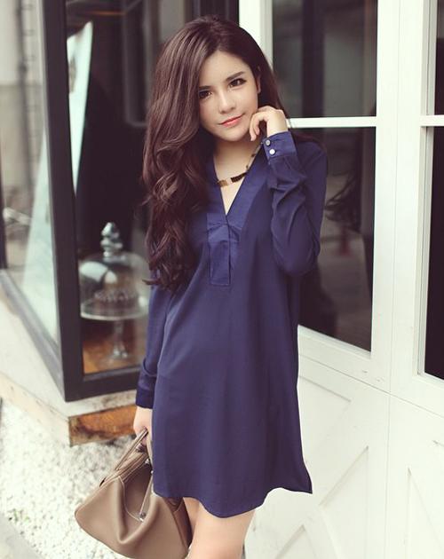 Mao Jia Ying, sinh năm 1990, là blogger thời trang nổi tiếng trên mạng Trung Quốc với các bài   viết hướng dẫn phối đồ.