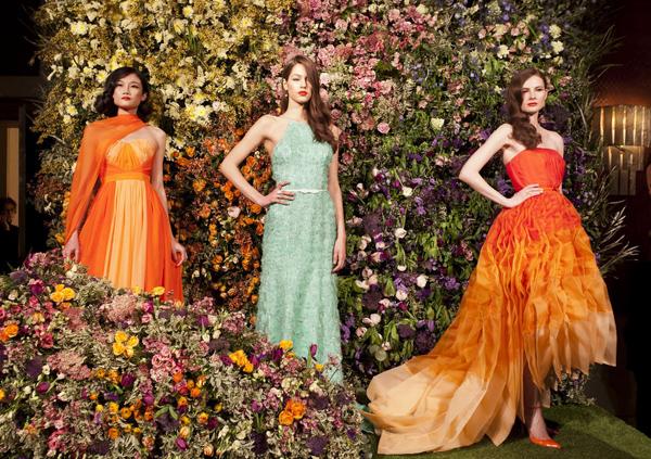 Meissen Couture là thương hiệu có lịch sử lâu đời khi được thành lập vào năm 1710  chuyên về thiết kế trang sức và những phụ kiện thời trang cao cấp. Đây là một trong những bước tiến của Kha Mỹ Vân khi cô là gương mặt châu Á duy nhất được chọn diễn trong số hàng trăm ứng cử viên sáng giá có mặt tại vòng tuyển chọn người mẫu.