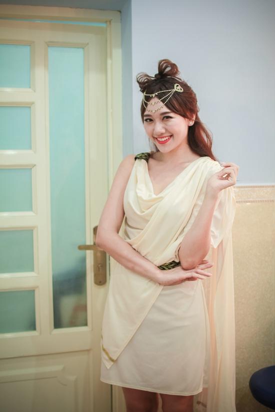 Hari-Won-8-2287-1425433884.jpg