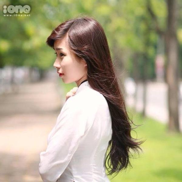 Mình sinh ngày 25/09/1996 - hiện là sinh viên trường đại học Tài Nguyên Và Môi Trường Hà Nội.