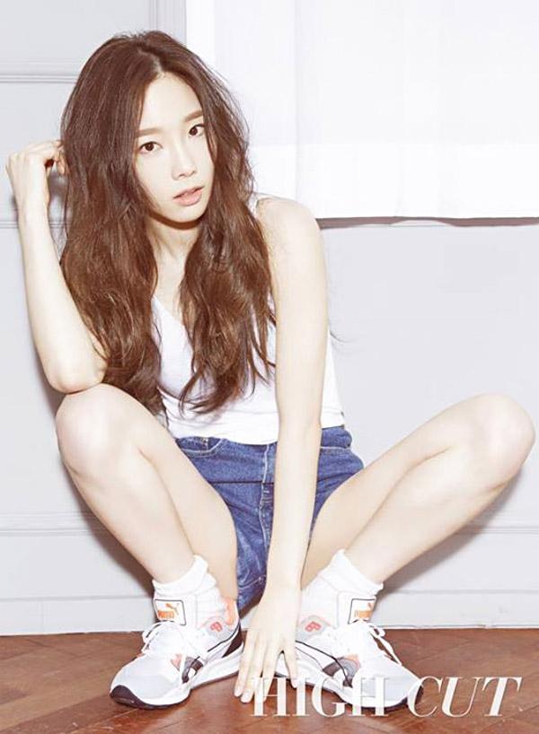 yoon-ah-tae-yeon-hinh-tap-chi-7638-14258