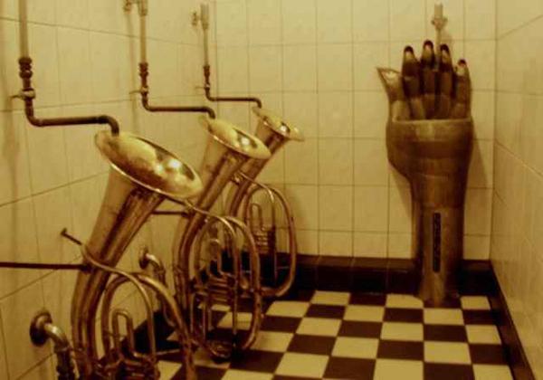 top-toilet-3.jpg