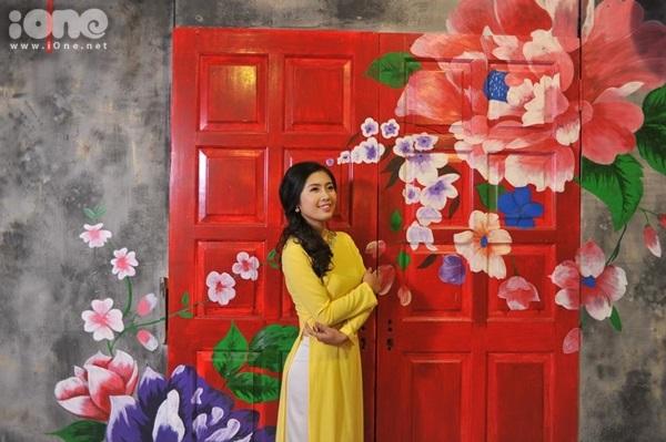 Lưu Thu Liên (sinh năm 1991) - giáo viên môn Địa trường THPT Nguyễn Trãi (Hải Dương) được nhiều học trò yêu mến bởi vẻ ngoài thân thiện, dễ thương.