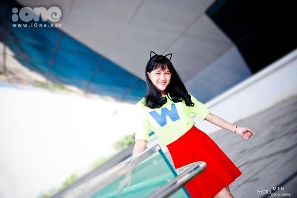 Mình tên là Phạm Thị Yến Vy, sinh ngày 25/7/2000. Hiện mình đang theo học tại trường THCS Tây Sơn, Đà Nẵng.