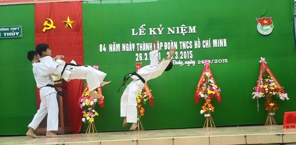 THPT-Le-Thuy-Quang-Binh-11-5252-14273530