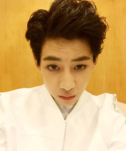 """Bam Bam (GOT7) đăng ảnh kèm lời nhắn: """"Thank you Vietnam"""" trước khi về Hàn."""