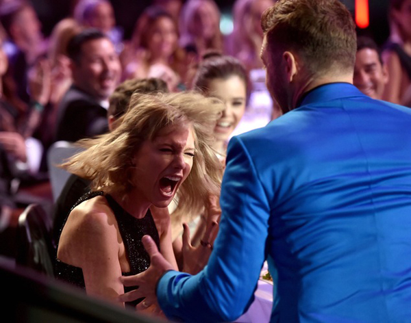 taylor-swift-facial-expression-4681-4420